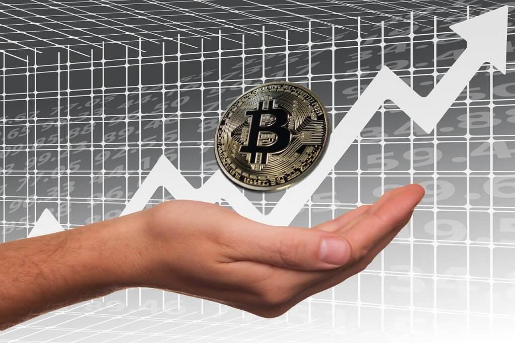Billionaire Backs Bitcoin