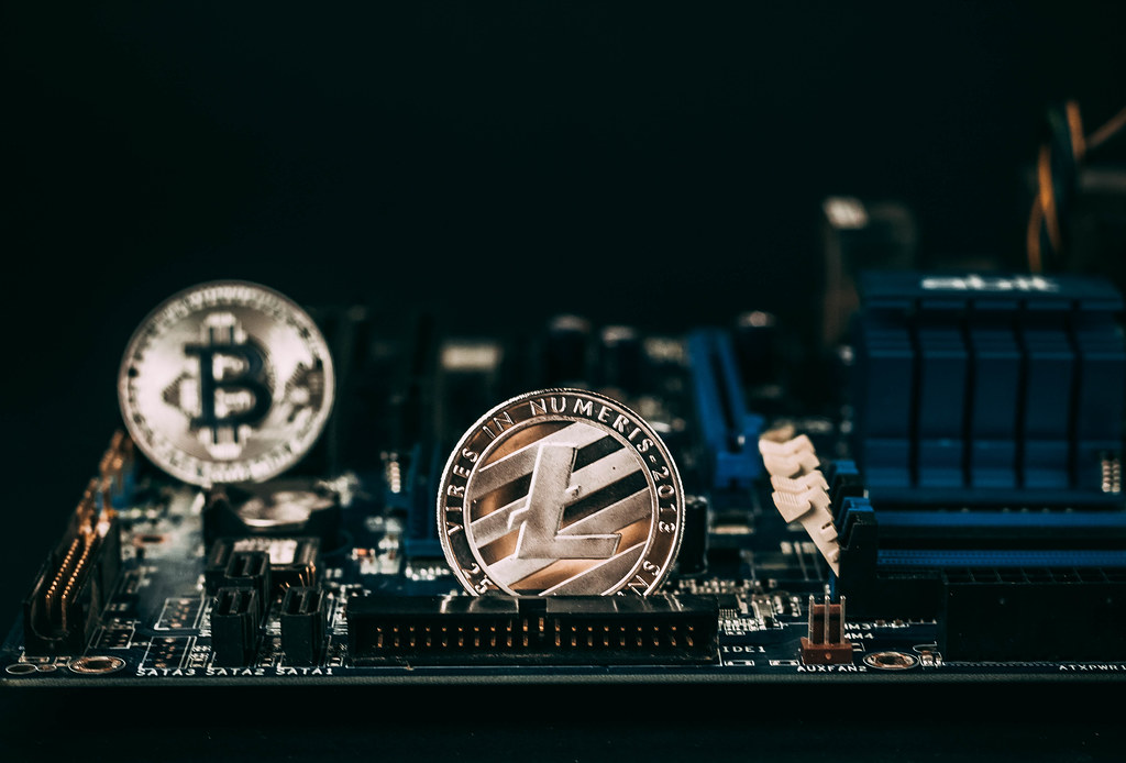 mining bitcoin vs litecoin